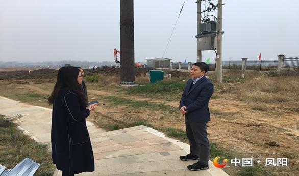 县委副书记伍春泉调研脱贫攻坚和工程建设